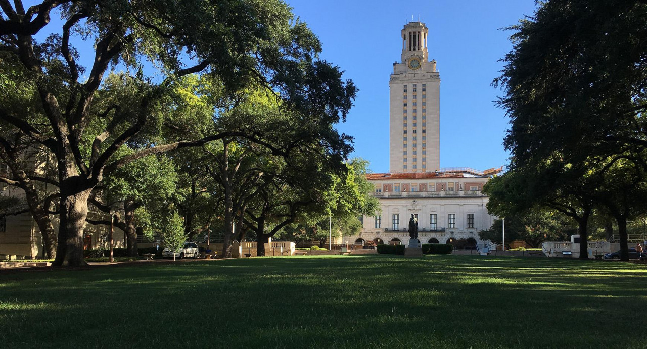 Going Organic: Making UT the Greenest Landscape in Austin